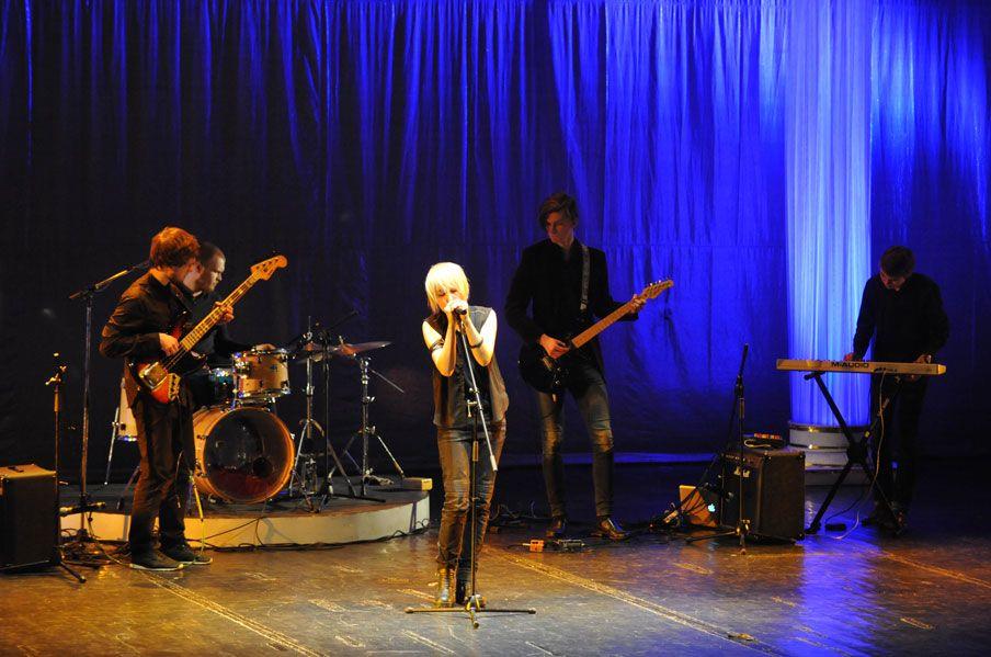 9 апреля. 2016 год. XVI Университетский конкурс исполнительской песни