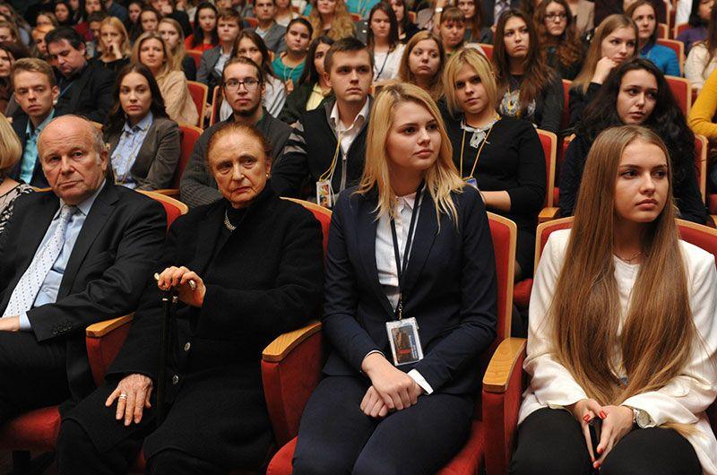 Александра Анастасия, герцогиня Аберкорнская стала Почетным доктором СПбГУП - СПбГУП